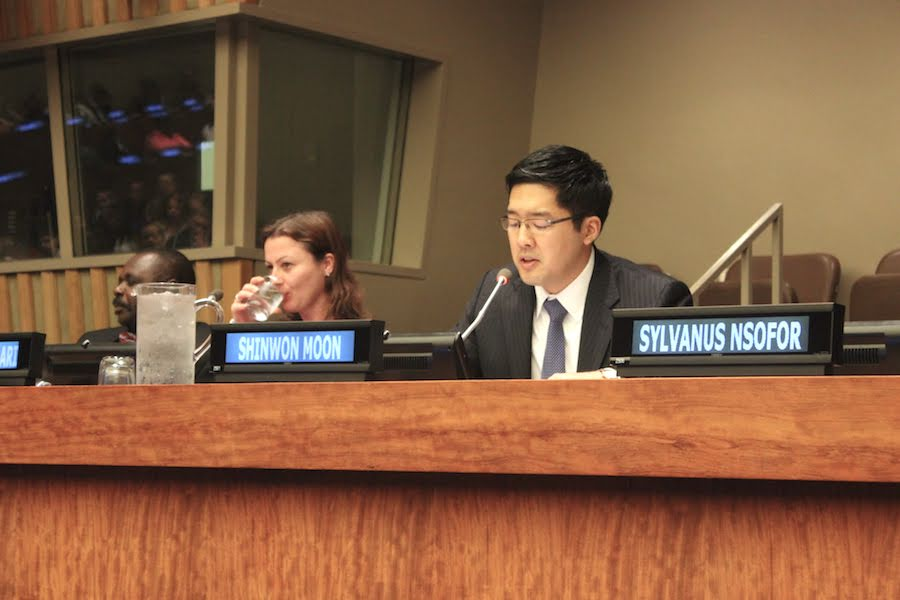Capt. Shinwon Moon speaks to the IYLA at the United Nations headquarters