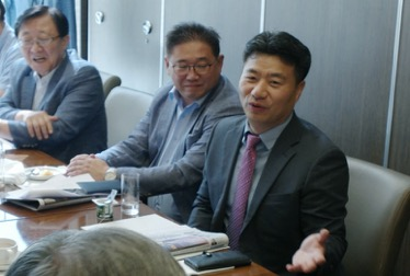Jong Chun Park speaks at the IRI and GPF meeting on Korean Reunification