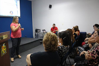 Sonia Brucke speaks at Global Peace Women Paraguay event