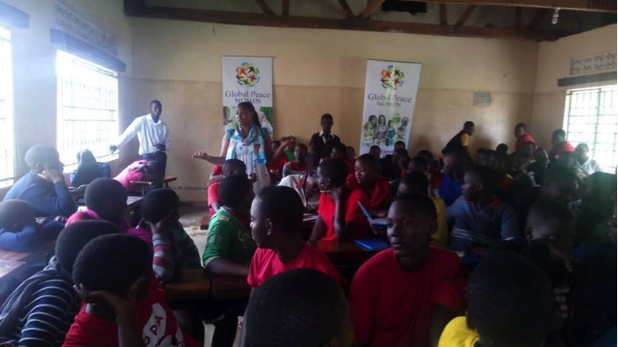 GPW representative lectures girls on leadership