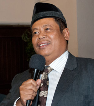 "K.H. Syuhud Marsudi_Sahudi at the forum, ""The Role of Religion in Pluralistic Societies."""