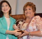 Award winner Maria Elena Wapenka and Soonok Kang