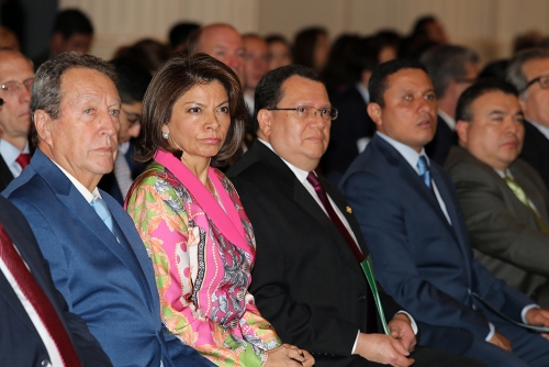 (left to right) Vinicio Cerezo of Guatemala, Laura Chinchilla of Costa Rica and  Carlos Morales, foreign minister of Guatemala (furthest right) sitting in the audience