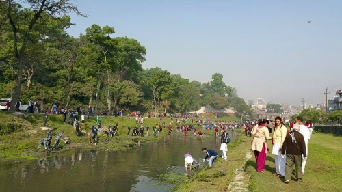 Global Peace Foundation Nepal Volunteers cleaning Bagmati River