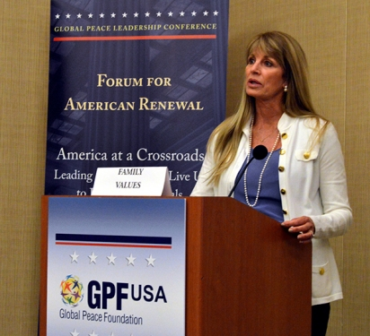 Donna Schuller speaks on Family at GPLC 2014 USA