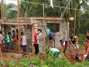 Building an Alternative Learning Systems Learning Center for the community of Sitio Pureg.