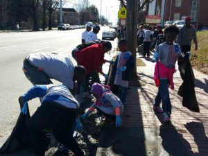 Volunteers of all ages at MLK Service Day 2015.