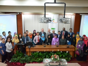 Group photo of Character and Creativity Summit at Global Peace Convention 2013