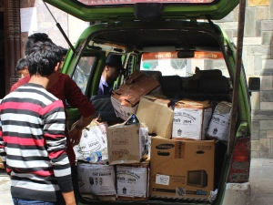 Packing vans with supplies